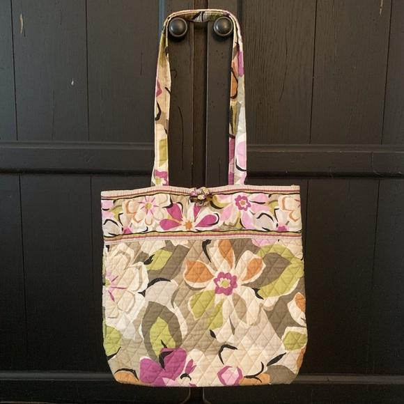 Vera Bradley Handbags - Vera Bradley Signature Tote Large Floral Pattern